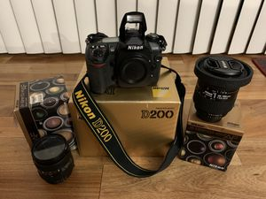 Nikon D200 w/two Nikon Zoom Lenses for Sale in Bloomingdale, IL