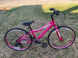 Girls pink Brand new Diamondback bike firm retails over $300 for Sale in Glen Raven, NC