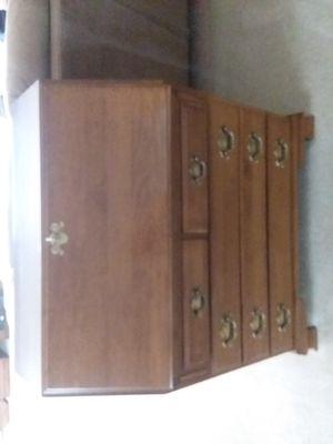 ETHAN ALLEN Secretary Desk for Sale in Orland Hills, IL