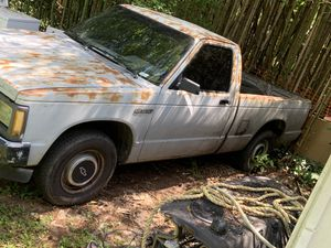 91 Chevy S10 4cy 5 speed for parts for Sale in East Point, GA