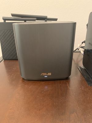 Asus wifi 6 xt 8 mesh router (2 pack) for Sale in Chatsworth, CA