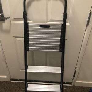 Cosco Step Ladder for Sale in Meriden, CT