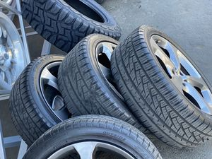 "20"" stock camaro rim &tires for Sale in Sacramento, CA"