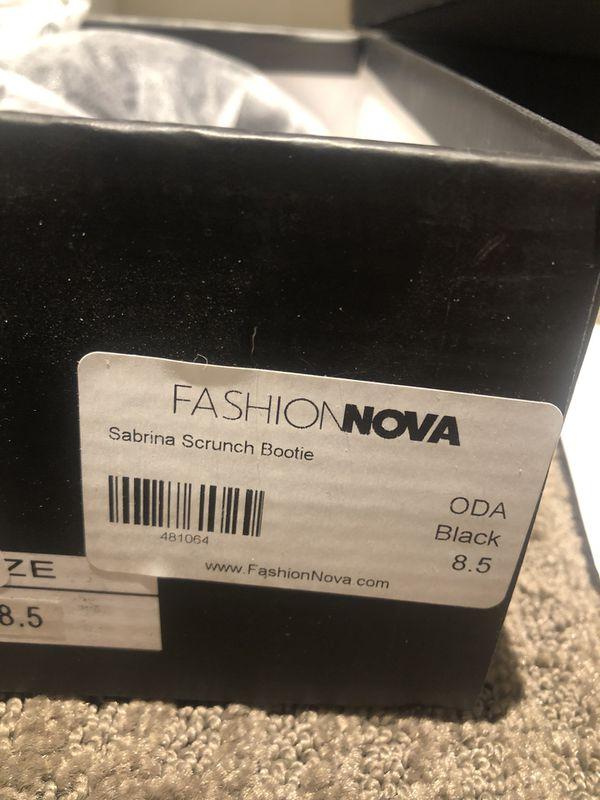 Sabrina scrunch bootie from fashion nova size 8.5