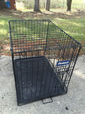 Medium Dog Crate for Sale in Pittsburgh, PA