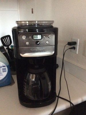 Grind and brew coffee maker for Sale in Ewa Beach, HI