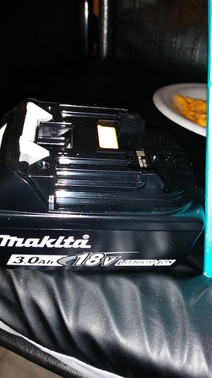 18v lithium ion brushless 3/8 sq. Drive impact wrench makita for Sale in Los Banos, CA