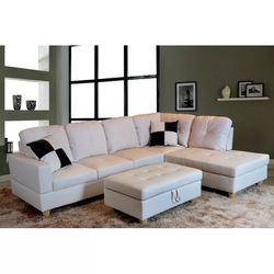 3pc Sectional Couch With Ottoman (Has Storage) for Sale in Spring Valley,  CA