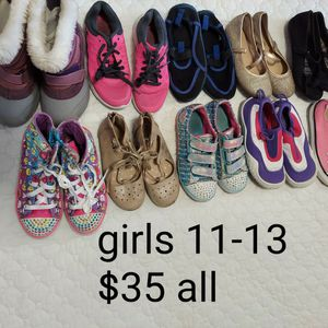 Girls 11, 12, 13 Bundle Of 10 Shoes for Sale in Fresno, CA