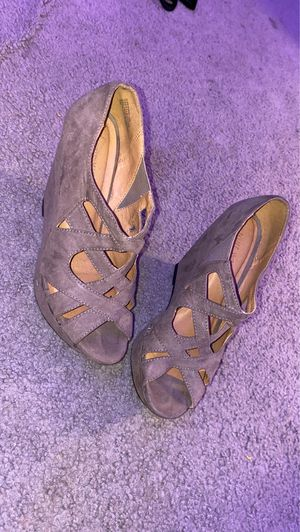 Tope Color Size 7 Heels for Sale in Fayetteville, NC