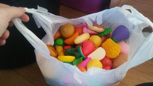 bag full of play food and utensils etc for Sale in Ailey, GA