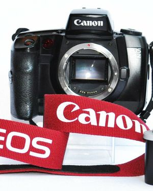 Canon EOS A2 35mm FILM SLR Camera - As Is for Sale in Lilburn, GA