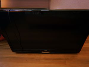 JVC 120hz Clear Motion Drive iii Flat Screen TV (BIG TV) for Sale in Fresno, CA