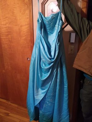 Prom dress for Sale in Spring Mills, PA
