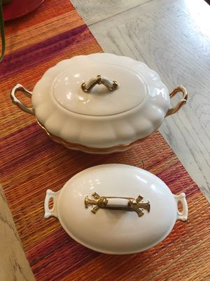 Casserole Dish / storage containers use in bathrooms for tips cotton balls etc for Sale in Newport News, VA