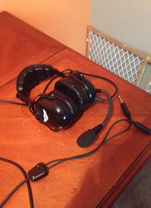AVCOMM Aviation Headset for Sale in Farmers Branch, TX