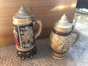 2 vintage Steins for Sale in CARPENTERSVLE, IL