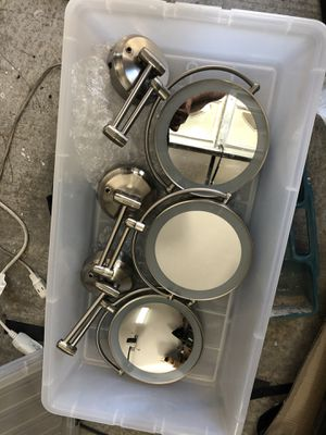Wall Mirrors w/ light for Sale in Las Vegas, NV