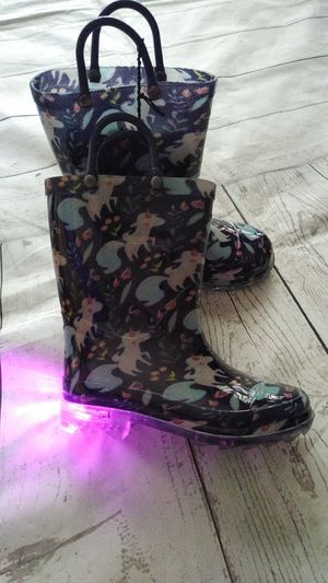 Brand New Beautiful Members Mark Kids Light-up Rain Boots , size 9/10 ( never worn ) for Sale in Frederick, MD