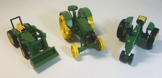 John Deere Tractor Christmas Ornaments for Sale in Cleveland,  OH