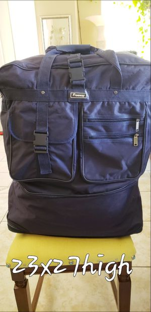 Duffle bag for Sale in Kissimmee, FL