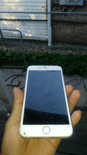 Iphone 6s plus for Sale in Chicago, IL