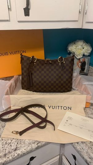Louis Vuitton Lymington for Sale in Ellenwood, GA