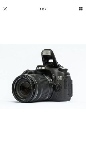CANON eos 70D Digital SLR Camera with 18-135 mm for Sale in Philadelphia, PA