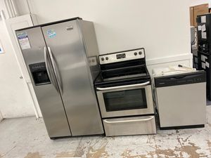 Stainless Frigidaire kitchen appliance package on sale now for Sale in Longmont, CO