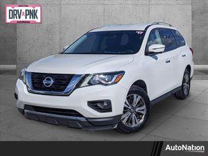 2017 Nissan Pathfinder for Sale in Miami, FL