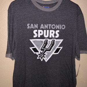 San Antonio Spurs T-shirt Size Adult Large for Sale in San Antonio, TX