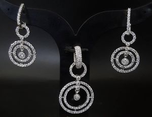 Light weight pendant set for Sale in Cupertino, CA