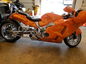 06 hayabusa fully custom air ride/many add ons for Sale in Framingham, MA