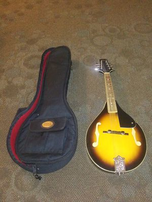 1960's Roner sunbrust color mandlion in case plays great for Sale in Lake Stevens, WA