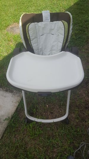 Free Graco Baby High Chair for Sale in Miami, FL