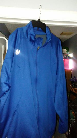 Champion x large jacket for Sale in Kissimmee, FL