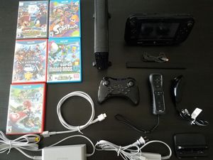 Nintendo Wii U bundle with 7 games and Pro Controller for Sale in Buffalo Grove, IL