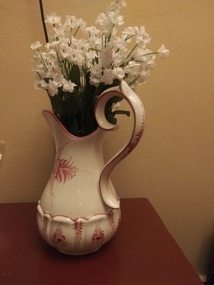 Beautiful vase/pitcher for Sale in Elgin, IL