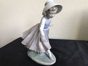 Nao by Lladro - Pretty Girl Figurine for Sale in Sunrise, FL