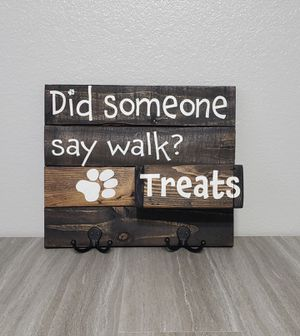 Leash and treat holder sign for Sale in Salida, CA
