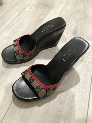 Gucci Sandals for Sale in East Los Angeles, CA