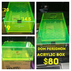 Dom perignon acrylic box for Sale in Houston, TX