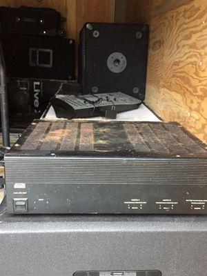Amp dual channel 600 watt for Sale in Wenatchee, WA