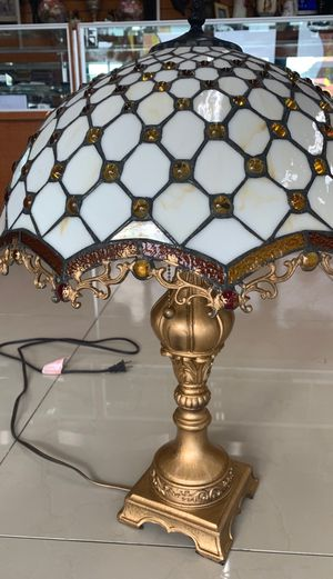 Tiffany style chandelier lamp light table gold for Sale in Oakland Park, FL