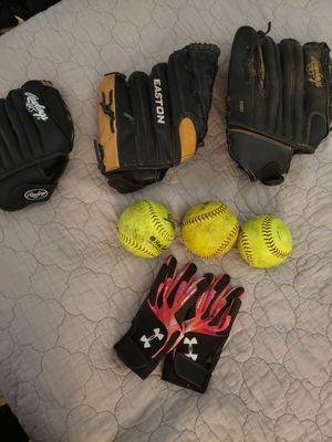 3 Rawlings mitts, 3 softballs & Under Armour (S) Leather gloves for Sale in Phoenix, AZ