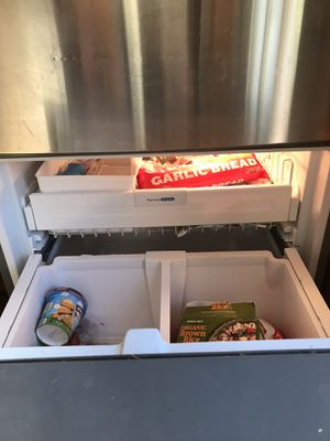 LG Refrigerator for Sale in Bethel Park, PA