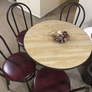 "Available Dining Set Round Table 30""h30""w With 4 Faux Leather Chairs And Free Centerpiece Bowl Pick Up Gaithersburg Md20877 for Sale in Gaithersburg, MD"