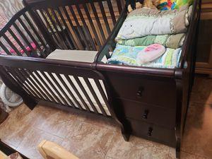 Crib for sale solid wood for Sale in Alafaya, FL