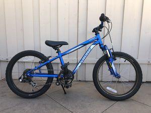 Kids Specialized Hotrock 6-speed 20-inch mountain bike for Sale in San Diego, CA