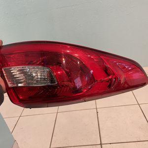 Hyundai Sonata Tail Light 15-17 for Sale in Miami, FL